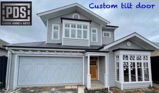 Custom made tilt garage door #tiltgaragedoor #custommadegaragedoormelbourne